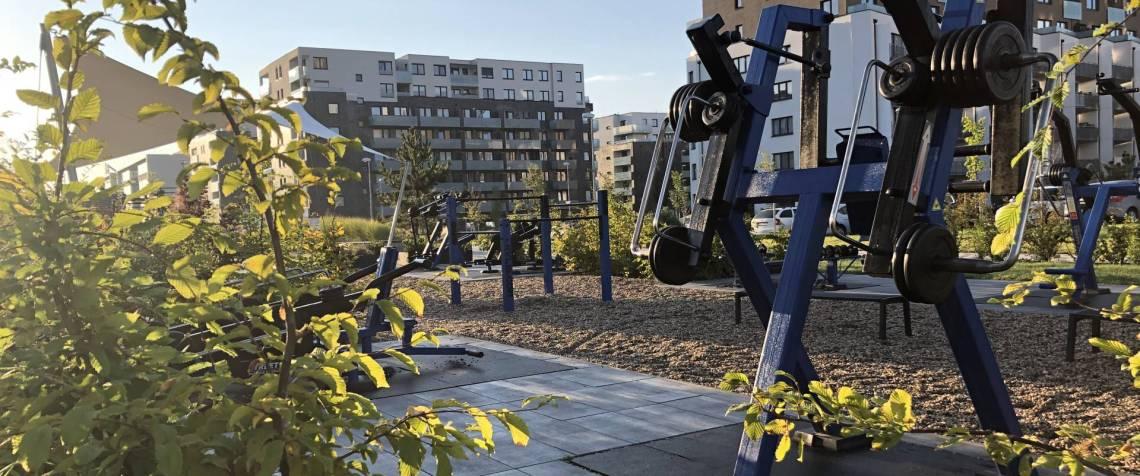 Posilování: Venkovní workoutové hřiště na Britské
