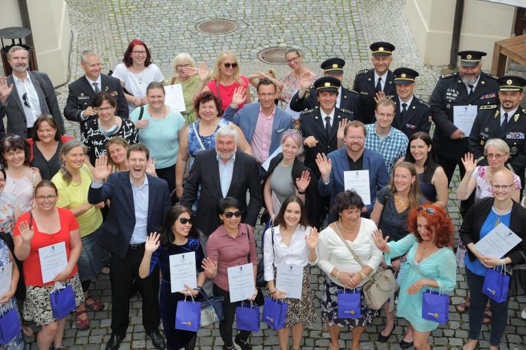 Praha 11 poděkovala všem, kteří se podíleli na pomoci v těžkých chvílích