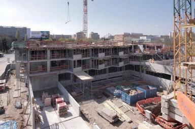 Stavba, duben 2017