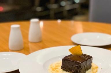 Holešovice: Restaurace Salut - čokoládové brownie