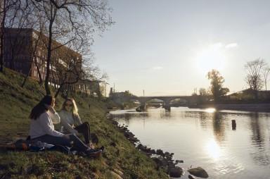 Západ slunce u Vltavy