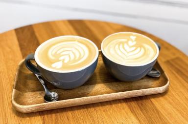 Holešovice: Barry Higgel's Coffeehouse - cappuccino